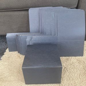 10 Navy Blue Stripe Cardboard Gift Box
